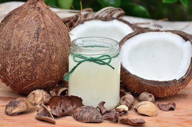 Aceite de coco para prevenir la caída del pelo